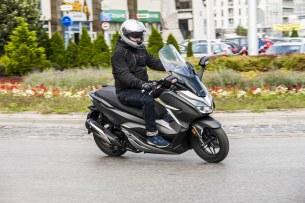 dynamika Honda Forza 300 2019 29