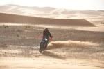 w terenie 790 adventure pustynia