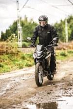 SYM NH T 125 test motocykla 41