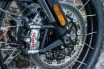 Triumph Scrambler 1200 XE hamulce
