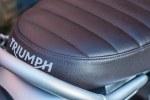Triumph Scrambler 1200 kanapa