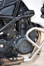 silnik prawa strona f800gs bmw test b mg 0054