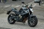 Yamaha XJ6 2010 z bliska