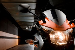 Honda CBR125 2011 przednia lampa
