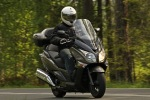 jazda przod Honda SWT600