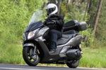 z boku jazda Honda SWT600
