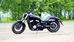 Honda Shadow Black Spirit lewy profil 2