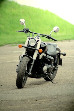 Honda Shadow Black Spirit lewy przod 2