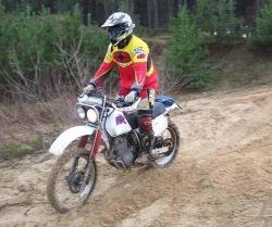 XLR 250 w piachu