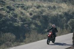 KTM 690 SMC na drodze Montero
