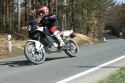 KTM LC8 Adventure R na prawo
