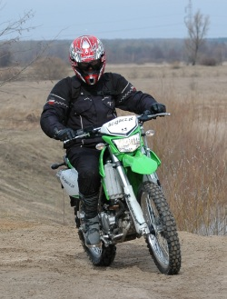 KLX250 w terenie