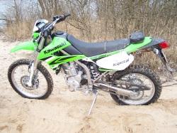 Kawasaki KLX 250 na plazy