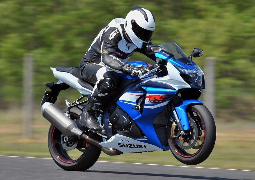 W Mega Suzuki GSX-R1000 2012 - szybki, mocny, ekscytujący CI45