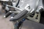 podnozek lewy kierowcy gladius suzuki test 2009 b mg 0262