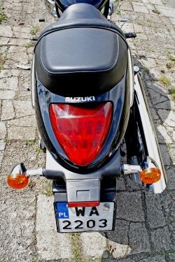 Intruder M1500 test tylna lampa