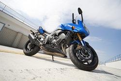 prawa strona yamaha fz8 fazer 2010 test motocykla 13