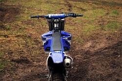 Yamaha YZ 450 F 2009 tyl