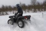 zakret przez snieg na quadzie polaris sportsman 850 test b mg 0144