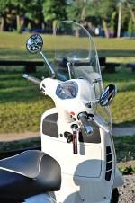 vespa gts 300 super driver seat