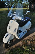 vespa gts 300 super footerest