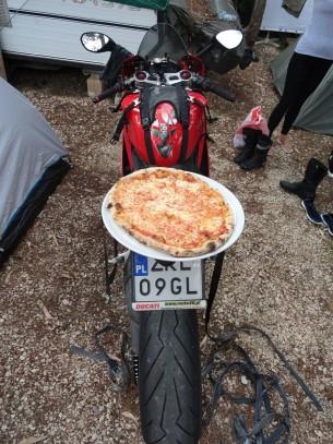 Wloski zestaw Pizza i Ducati