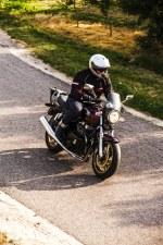 Honda CB750 Seven Fifty 31