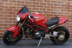 Ducati Monster S4R lewy bok