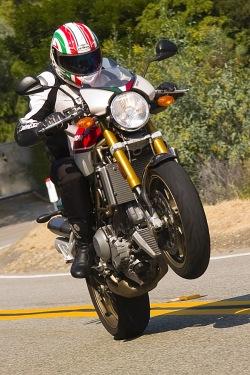 Ducati Monster S4R tricolore wheelie