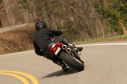 Ducati Monster S4R zakret 2