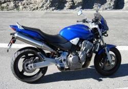 Honda Hornet 900 1