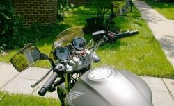 Honda Hornet 900 kokpit