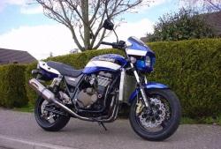 Kawasaki ZRX 1200 R 2