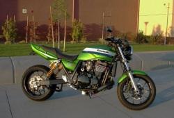 Kawasaki ZRX 1200 R dragbike