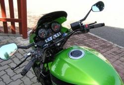 Kawasaki ZRX 1200 R kokpit