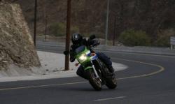 Kawasaki ZRX 1200 R zakret