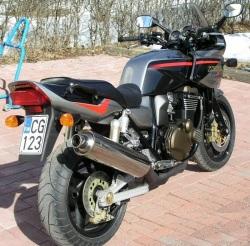 Kawasaki ZRX 1200 S od tylu
