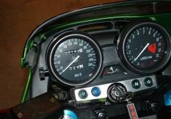 Kawasaki ZRX 1200 kokpit