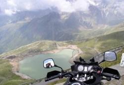 Wyjazd motocyklem w gory widoczek