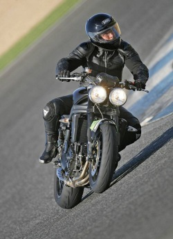 ostry winkiel Triumph Speed Triple