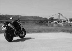 podziwianie widokow Triumph Speed Triple
