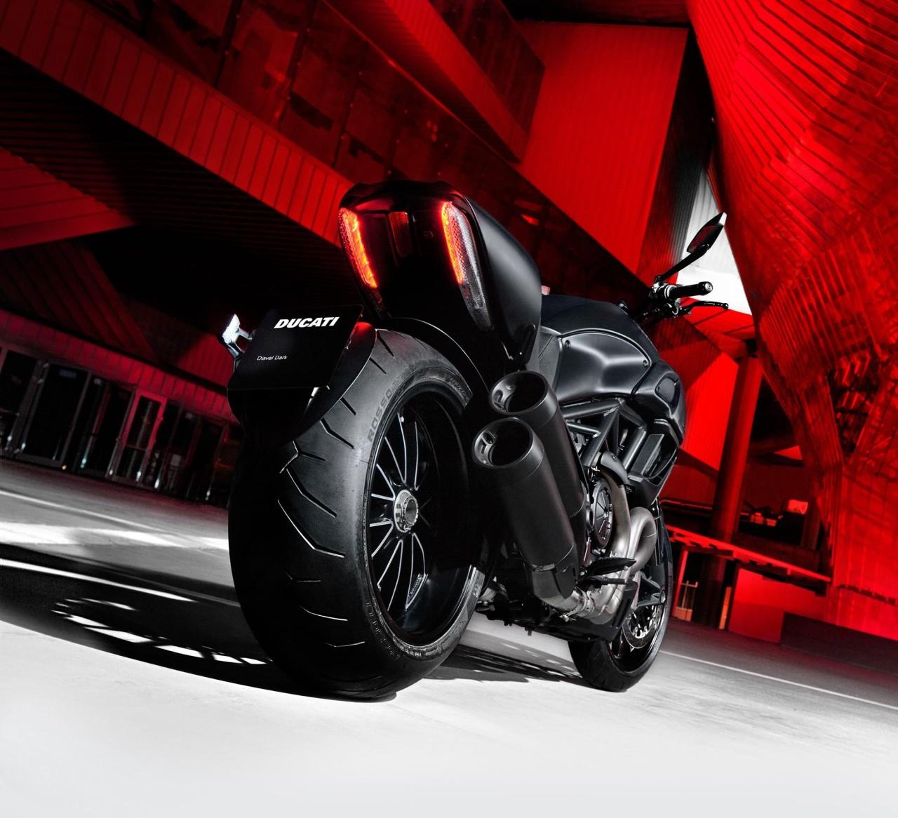 Мотоцикл Ducati море  № 3435466 без смс