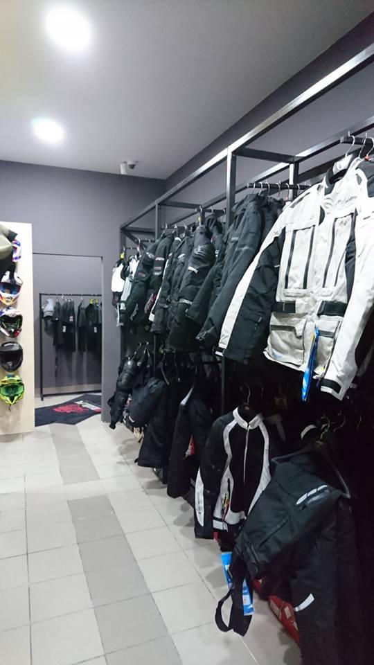 Nowy salon akcesoriow motocyklowych 4ride pl 2017 12