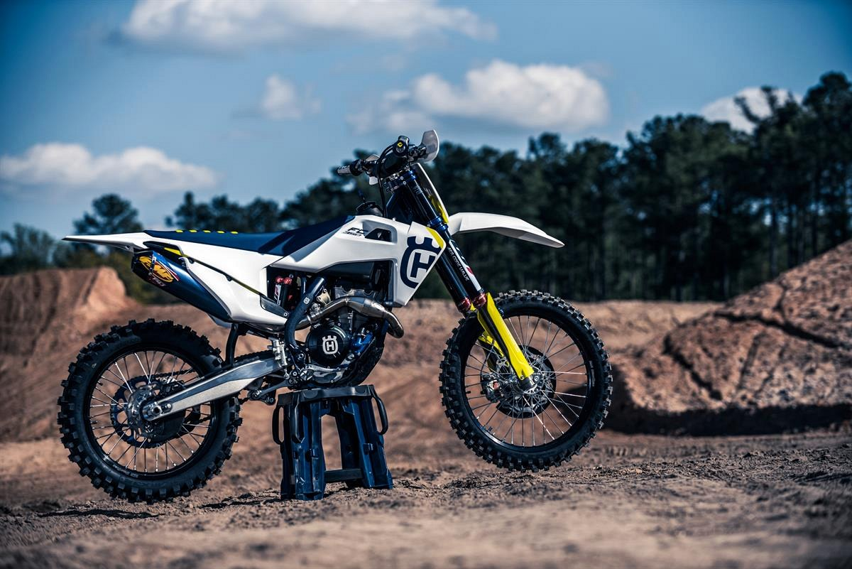 46317 HUSQVARNA TECHNICAL ACCESSORIES 2019