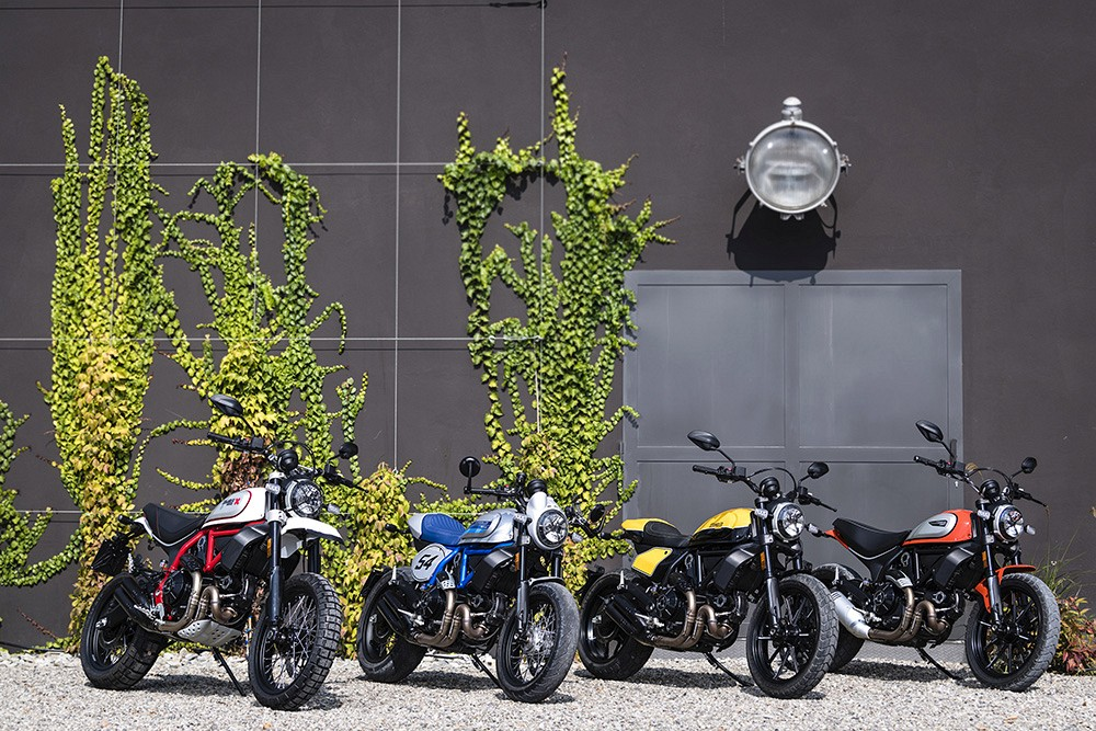 Ducati Scrambler ambience 01 UC67960 Low