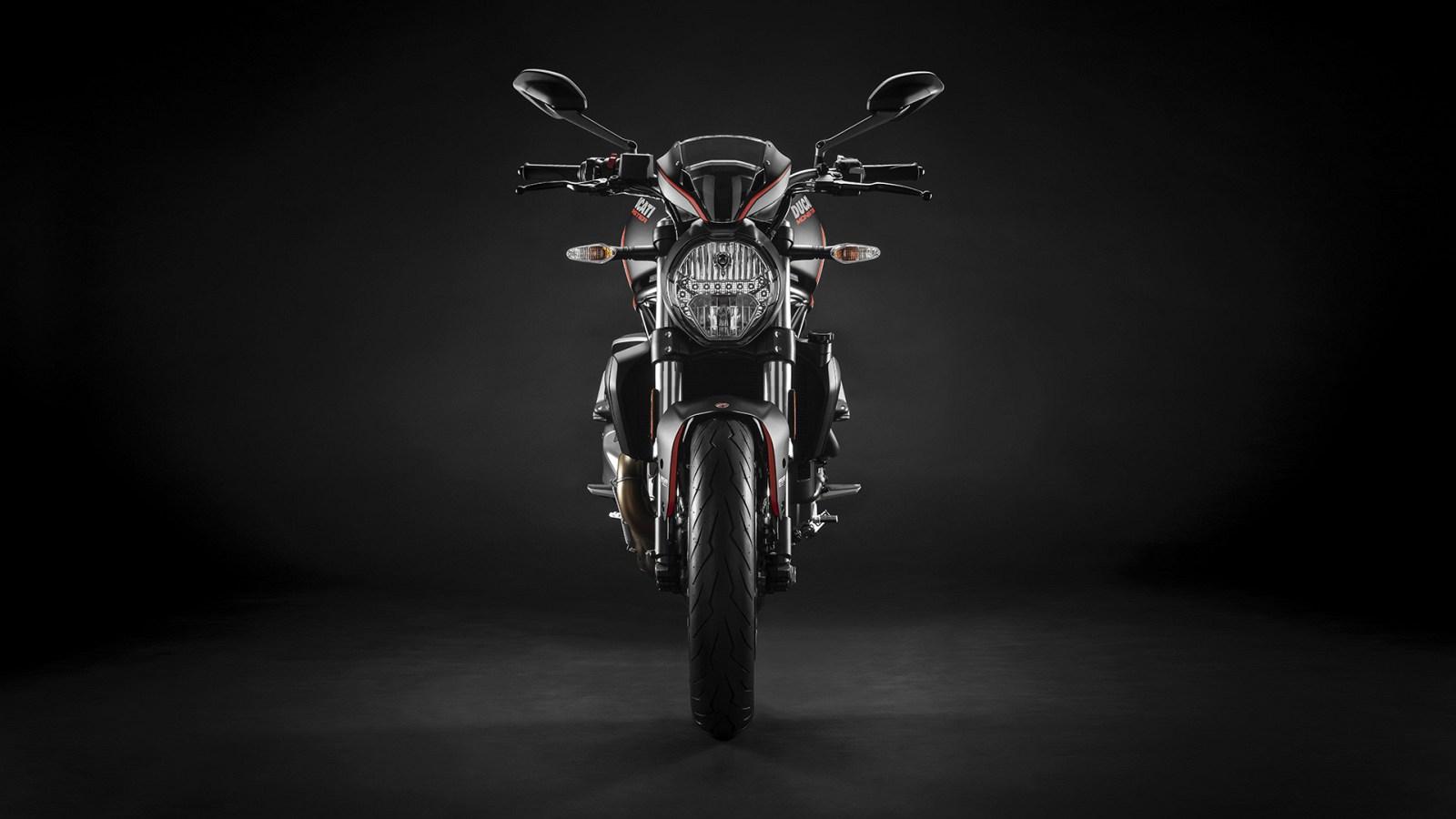 Ducati Monster 821 2019 17