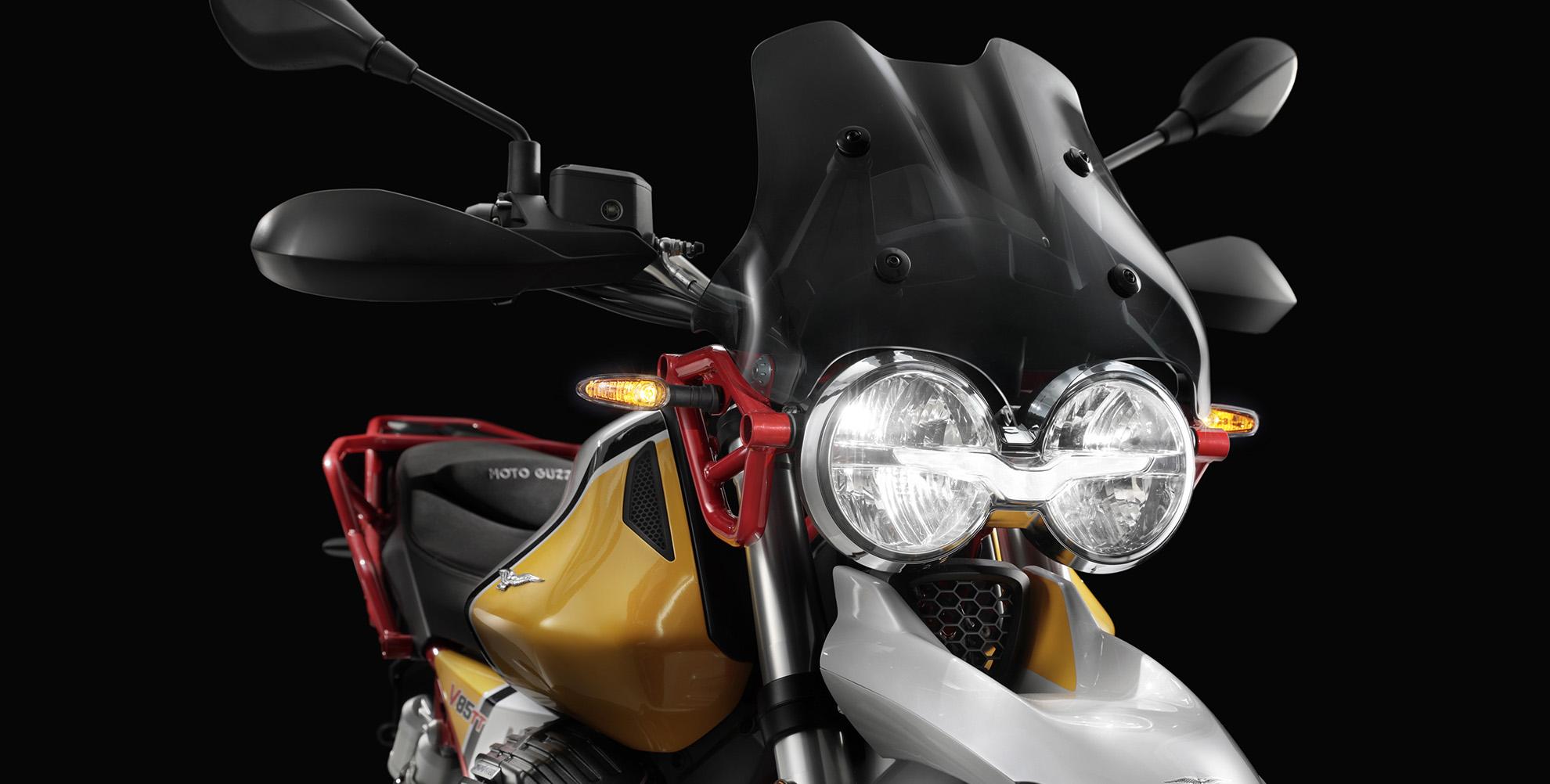 Moto Guzzi V85 TT 09