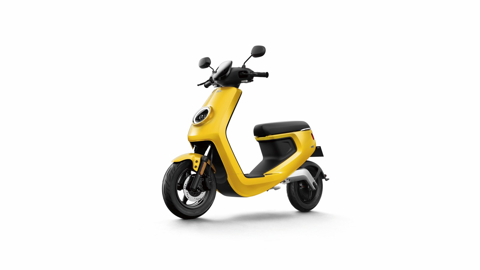 M Yellow Front45