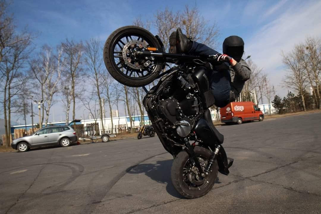 Maciej DOP Harley Davidson Stunt 09