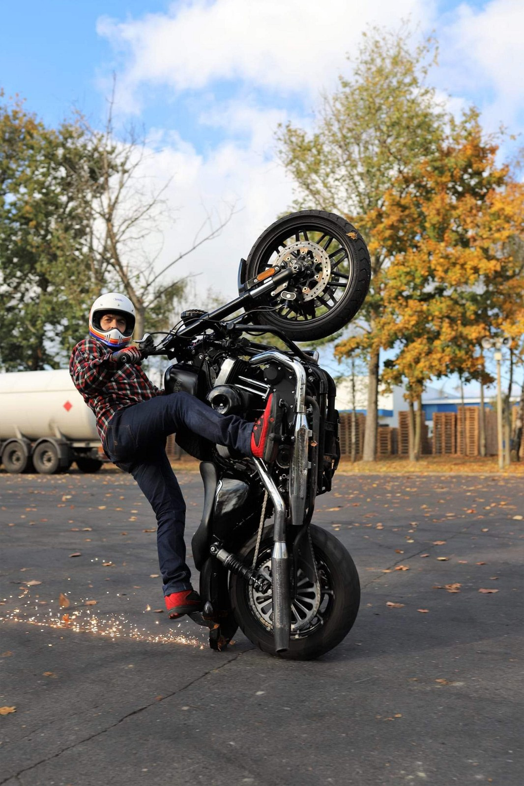 Maciej DOP Harley Davidson Stunt 23